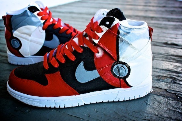 Pokeball Nike Dunk