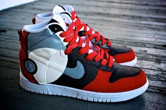 Pokeball Nike Dunk 5